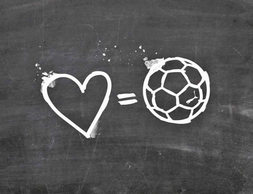 """"""" I LOVE FOOTBALL ( IO AMO IL CALCIO)"""""""