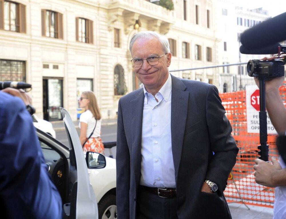 """""""Politica Italiana in Lutto: Addio al Segretario Guglielmo Epifani, R.I.P!!-Altre News di Mercato !"""""""